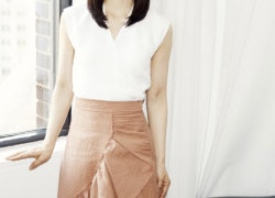 What Marie Kondo Carries Inside Her Extremely Tidy Purse