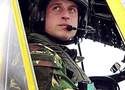 "Prince William Pens Touching Goodbye Letter to His Co-Pilots: ""Your Skill Is Astounding"""