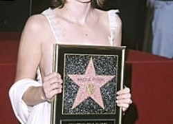 26 Photos That Prove Winona Ryder Hasn't Aged a Bit After 30 Years in Hollywood